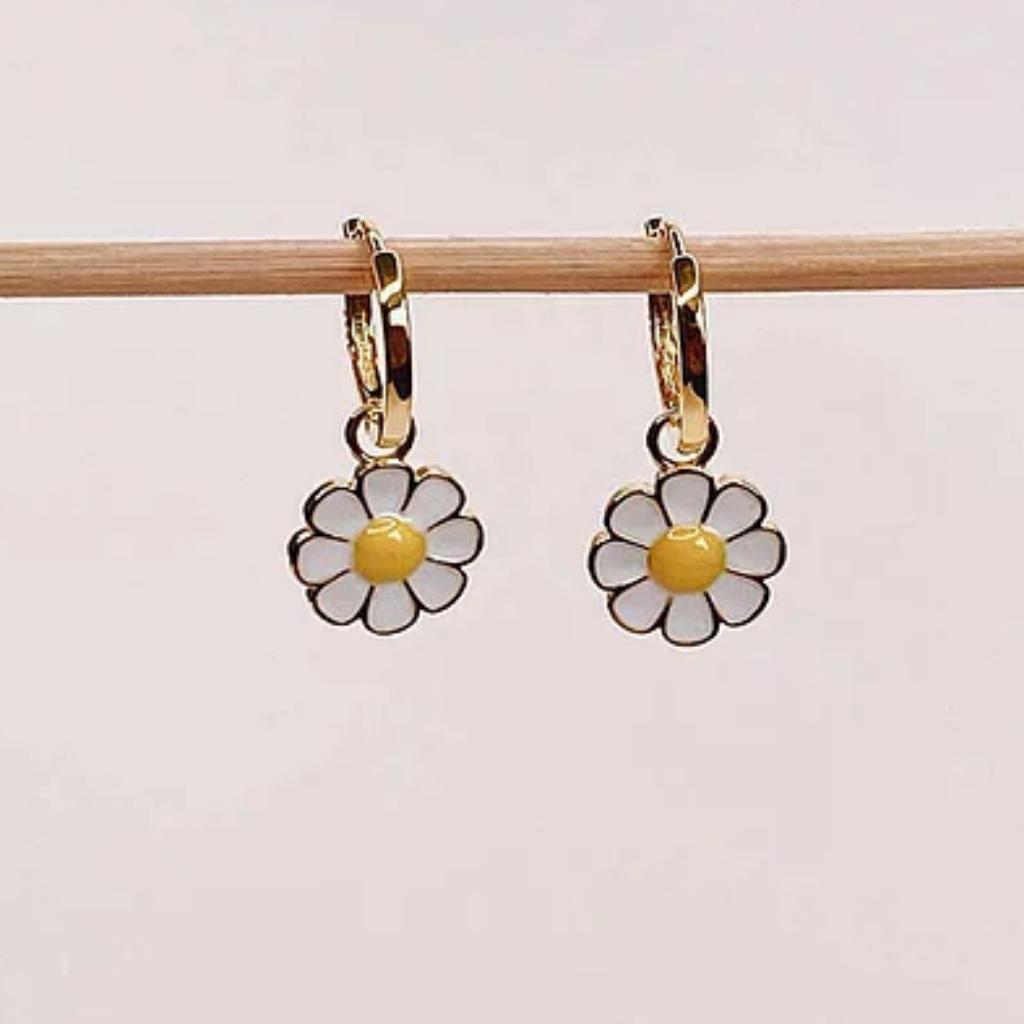 Daisy Mini Hoops_1