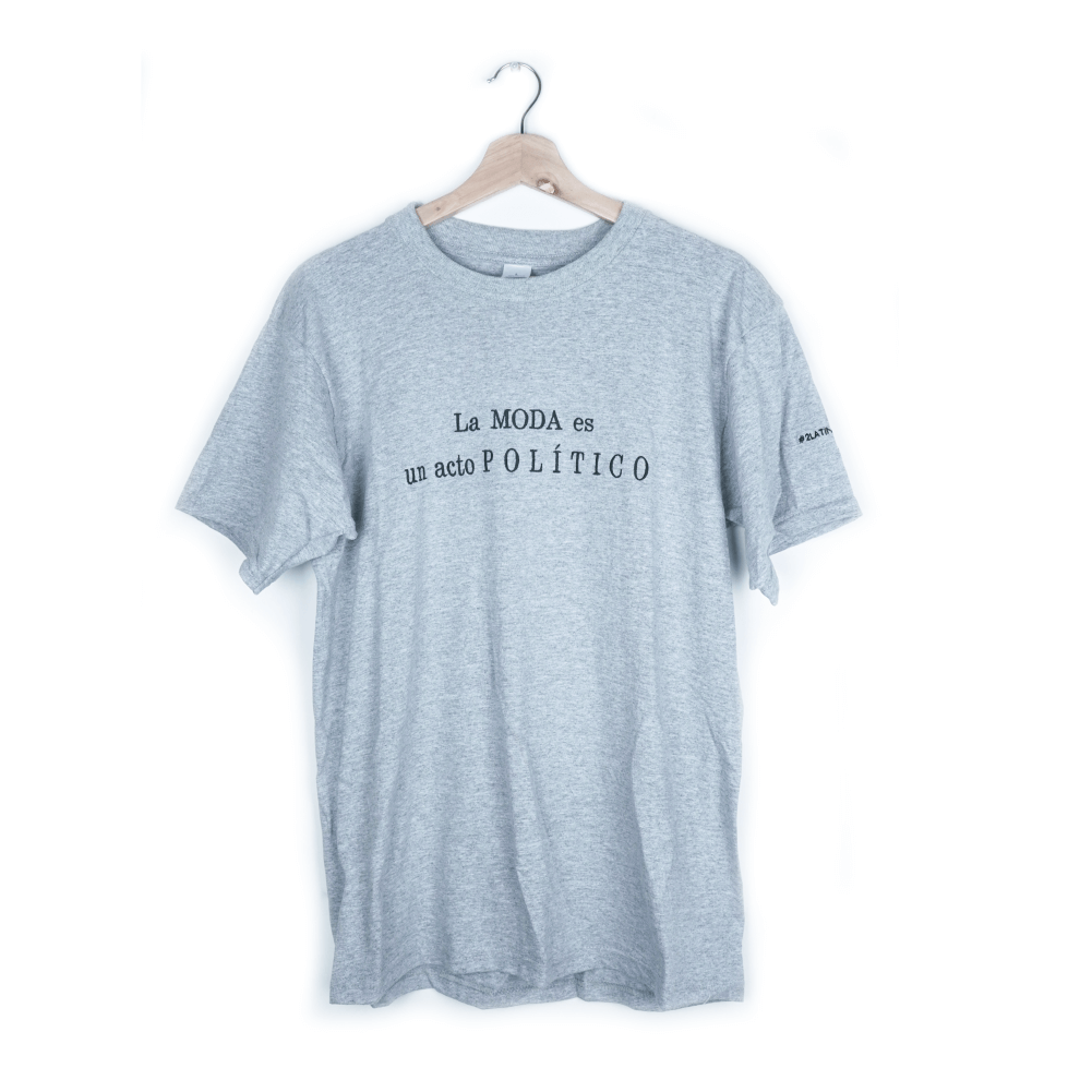 Camiseta La Moda Es Un Acto Político_6