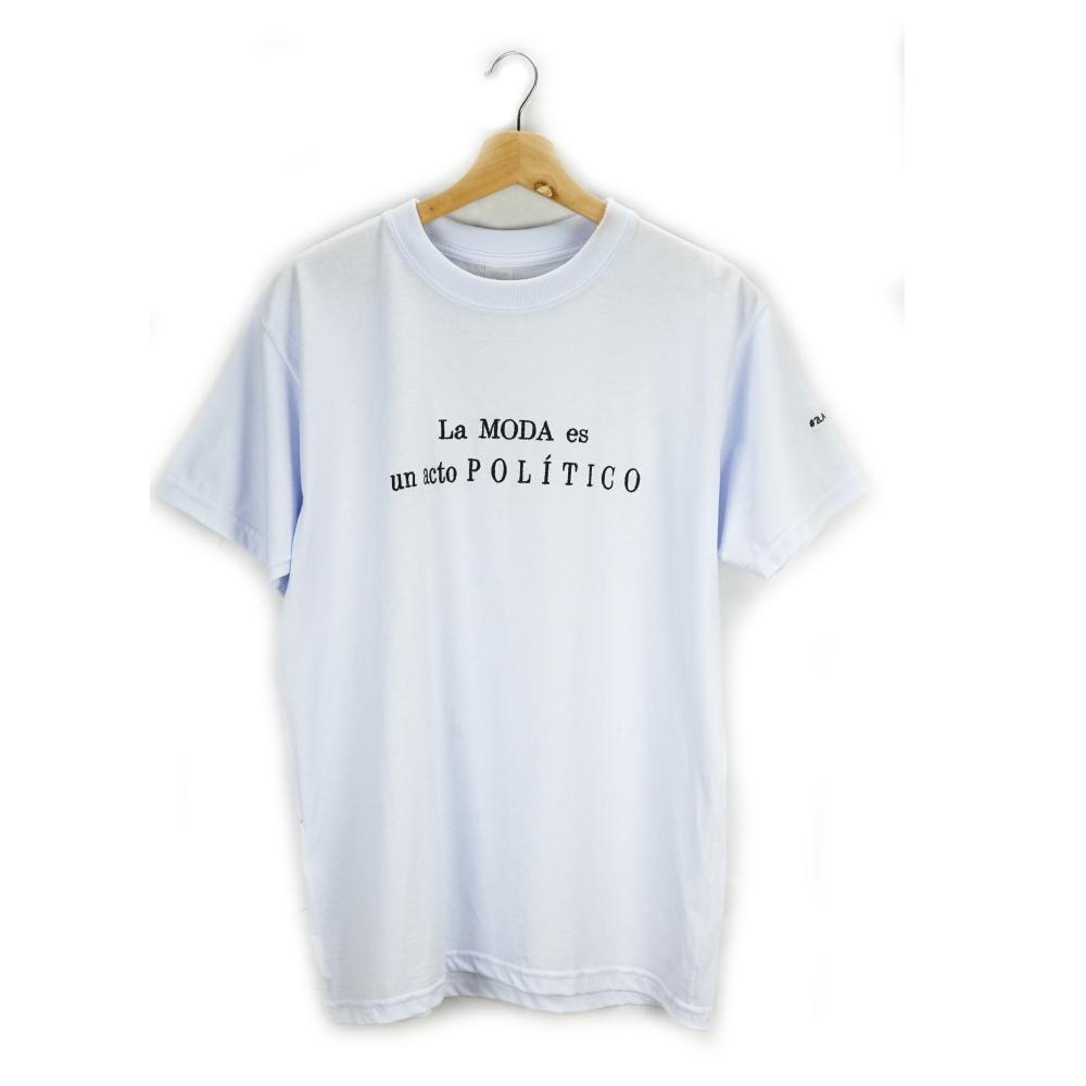 Camiseta La Moda Es Un Acto Político_1