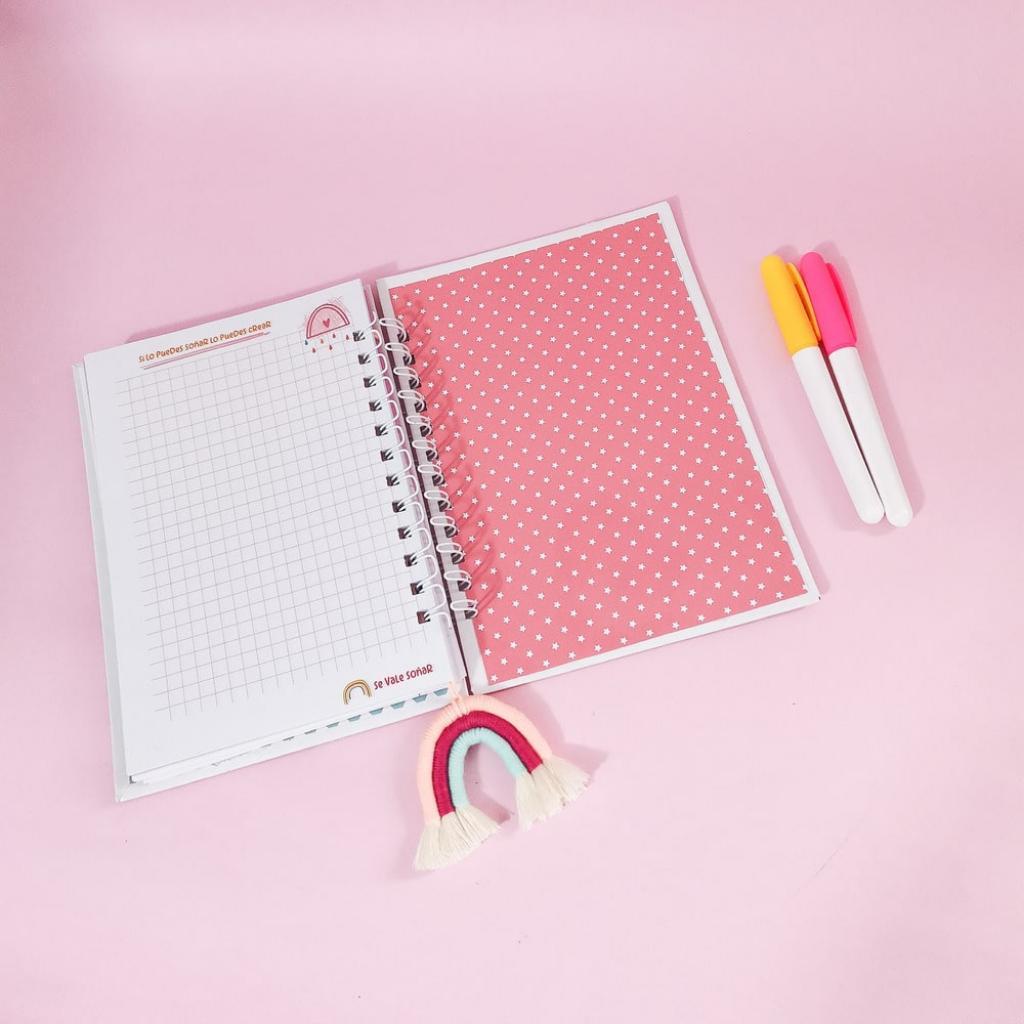 Cuaderno personalizado misioneras_5