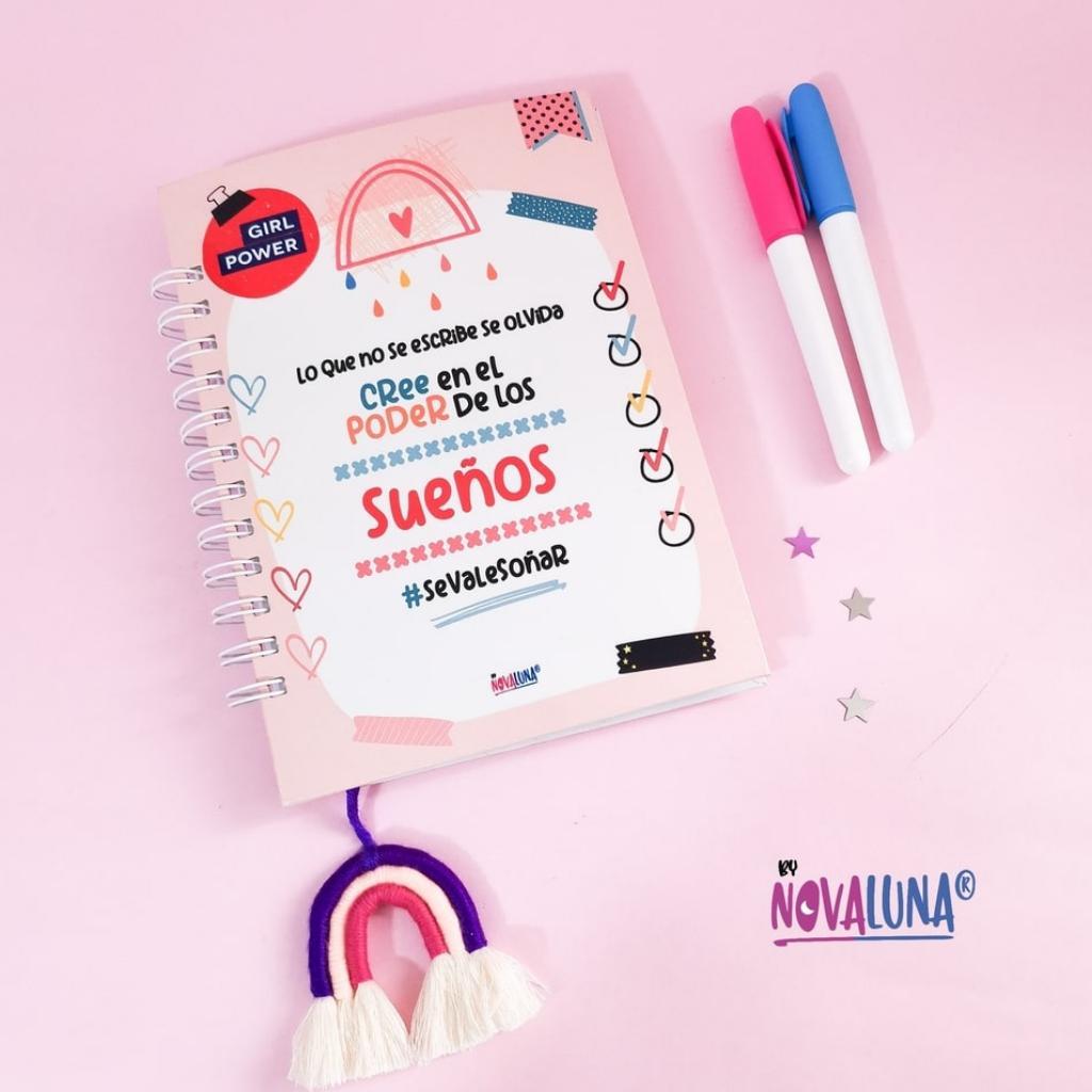 Cuaderno personalizado #SeValeSoñar_10